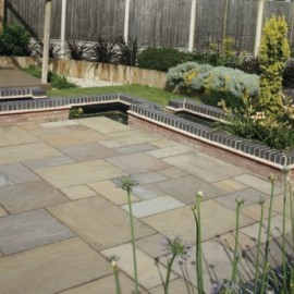 560 MSP, 19.35 m2 Raj Green 22 mm Calibrated Sandstone Paving Slab