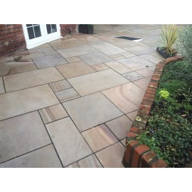 1000×750 King Size, 23 m2 Caramel Buff Smooth Sawn Sandstone Paving