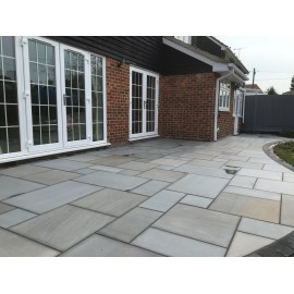 1000×750 King Size, 23 m2 Silver Dune Smooth Sawn Sandstone Paving