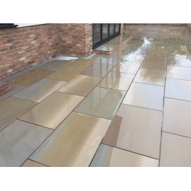 600 MSP, 19.50 m2 Caramel Buff Smooth Sawn Sandstone Paving Slabs