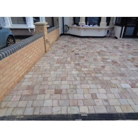 150 MSP, 10.80m2 Amber Quartz Block Paving