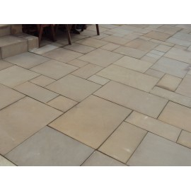 600×900 mm Golden Sand 22 mm Smooth Sawn Calibrated Sandstone Paving Slab
