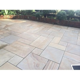 600×900, 24.45 m2 Caramel Buff Smooth Sawn Sandstone Paving Slabs