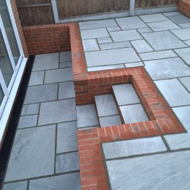 600 MSP, 19.50 m2 Light Grey 22 mm Calibrated Sandstone Paving Slab