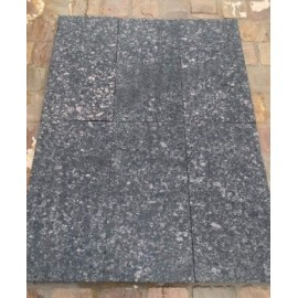600 ×600 Pack 10.08 m2 Black Pearl 30mm Flamed Brushed Granite Paving