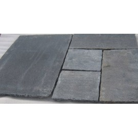 600 MSP, 19.50 m2 Heritage Black Lime 22mm Tumbled Calibrated Limestone Paving Slab