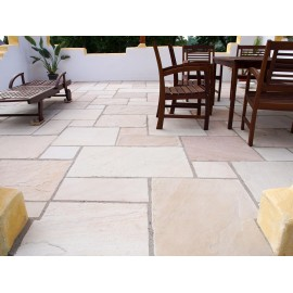 600 MSP, 19.50 m2 Vintage Mint 22 mm Tumbled Calibrated Sandstone Paving Slab